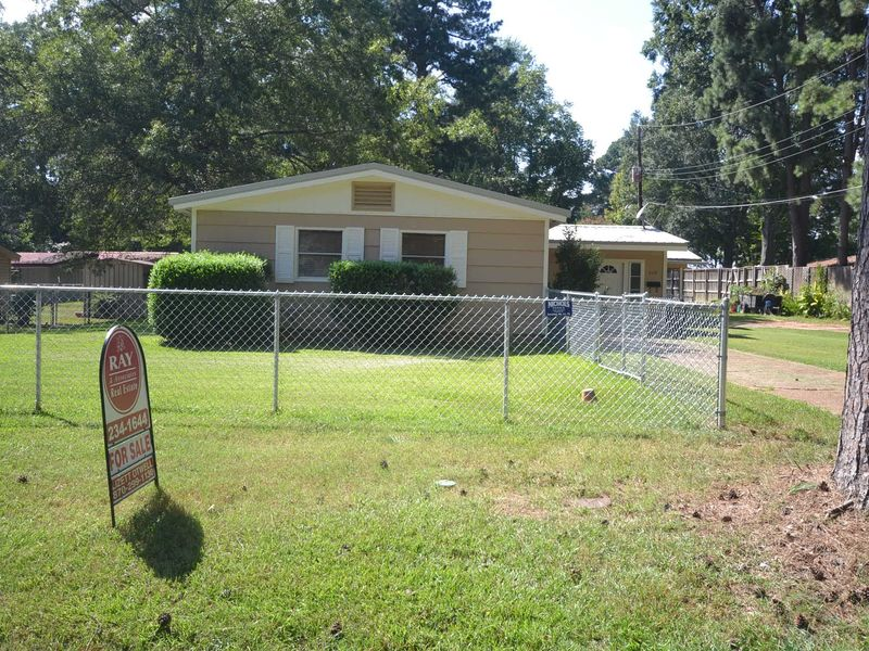 629 strange magnolia ar 71753 home for sale and real estate listing