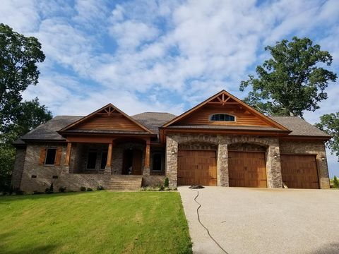 Photo of 424 Mill Stream Cove Rd, Muscle Shoals, AL 35661