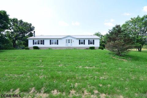735 Old Curtin Rd, Milesburg, PA 16853