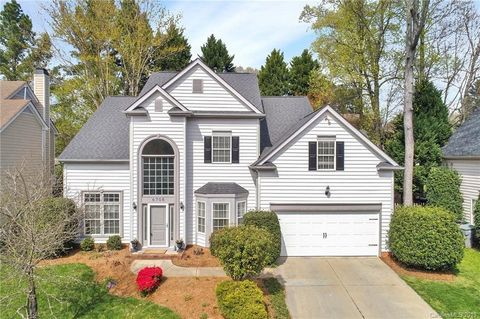 Photo of 6708 Stanette Dr, Charlotte, NC 28277