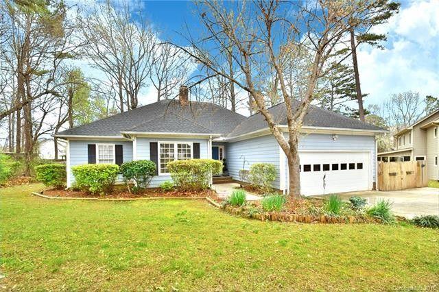 9809 Rockwood Rd, Charlotte, NC 28215