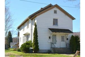 13 Vine St, Warren, PA 16365