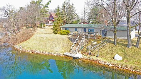 Photo of W7121 Two Lakes Ln, Wautoma, WI 54982