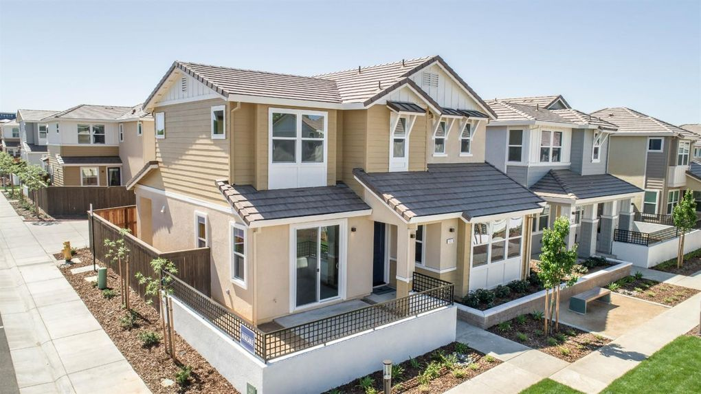 5013 Jewel St, Rocklin, CA 95677