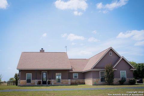 Photo of 3982 County Road 541, Hondo, TX 78861