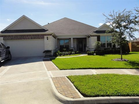 Page 5   League City, TX Houses for Sale with 2-Car Garage - realtor League City Garage Sales on city photography, city wide gargae sale, city sports, city events, city alarm systems sale, city wide yard sale, city vintage, city direct tv sale, city bbq, city clothes, city painting,