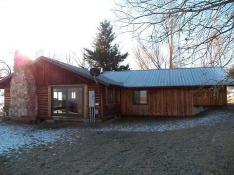 19707 King Rd, Florence, MT 59833