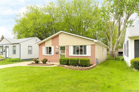 Photo of 8838 William St, Taylor, MI 48180