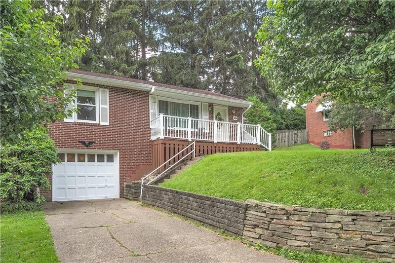 1484 Merriman Rd Ambridge, PA 15003