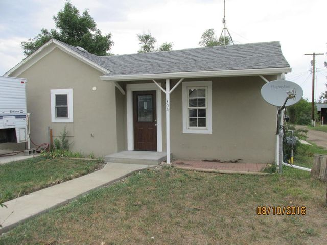 304 3rd ave ne watford city nd 58854 home for sale and for Q kitchen watford city