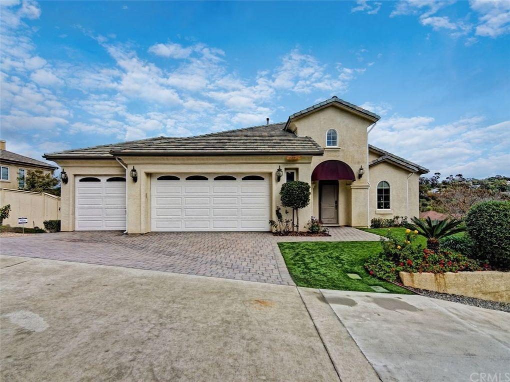 1472 Belmont Park Rd Oceanside, CA 92057