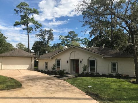 Imperial Estates, Friendswood, TX Real Estate & Homes for Sale