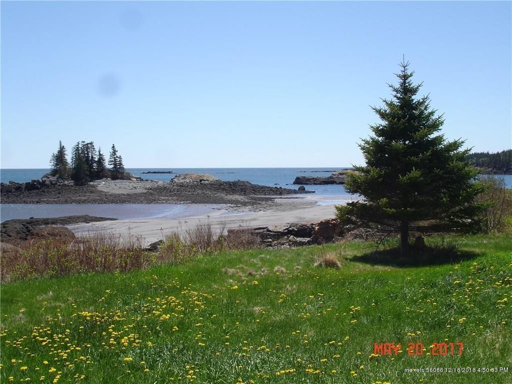 14 Wallace Cove Rd, Lubec, ME 04652