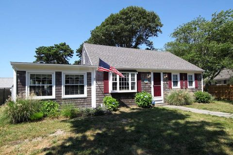 149 Sixth Ave, West Hyannisport, MA 02672