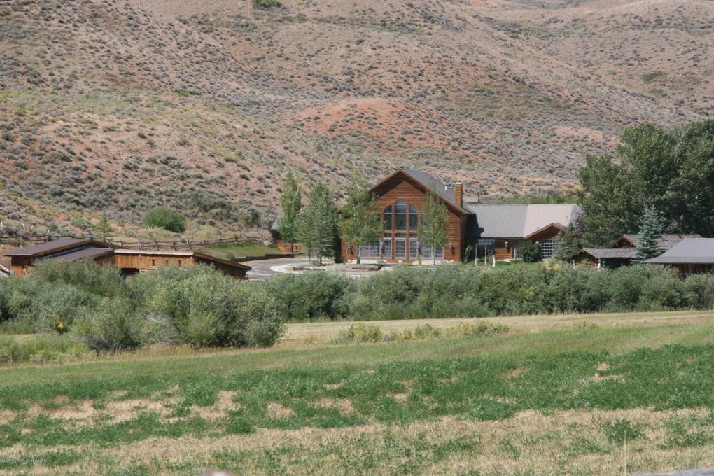 1068 Horse Creek Rd_Dubois_WY_82513_M73477 26465 on Dubois Wyoming Real Estate For Sale