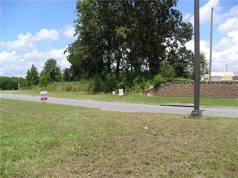 1136 N Tennessee St Cartersville GA 30120