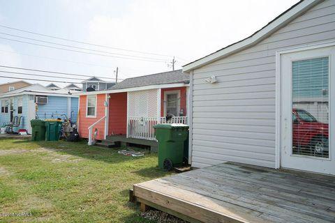 213 Fort Fisher Blvd N, Kure Beach, NC 28449