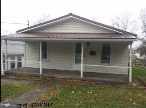223 Thorn Ave, Moundsville, WV 26041