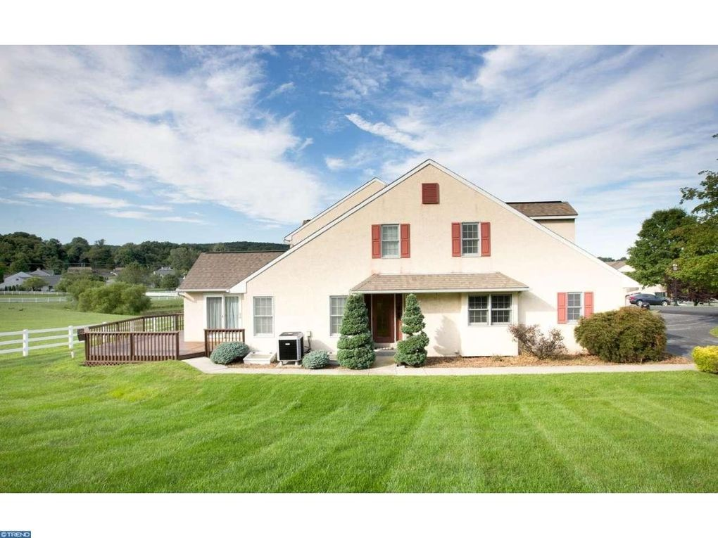 12 stable dr elverson pa 19520