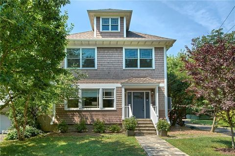 Photo of 55 Meadow Pl, Rye, NY 10580