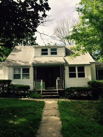11 Scheiber Ter, Cedar Grove, NJ 07009