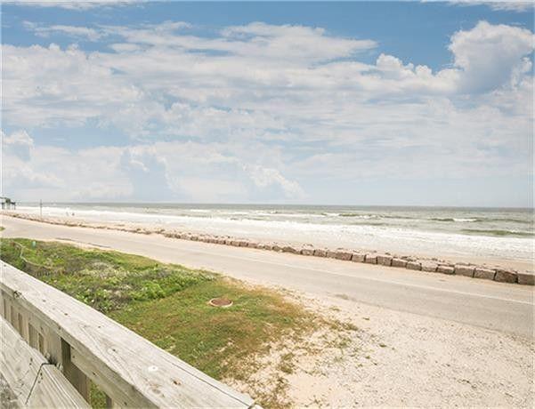 706 Beach Dr Surfside Tx 77541