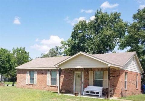 Photo of 206 N 7th St W, Dawson, TX 76639
