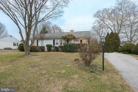 Photo of 1018 Cardinal Rd, Norristown, PA 19403