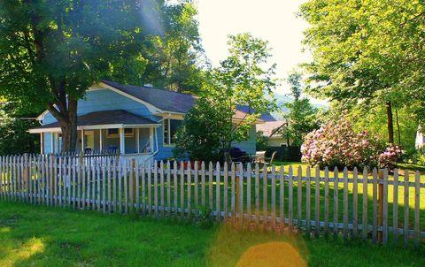 56 Kancamagus Hwy, Woodstock, NH 03262