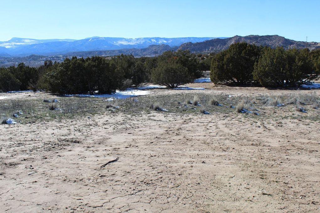 Roadrunner Ln Ojo Caliente, NM 87549