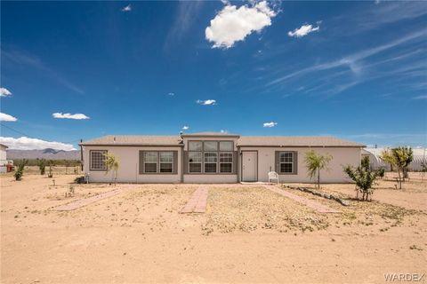 Photo of 724 S Horse Mesa Rd, Golden Valley, AZ 86413
