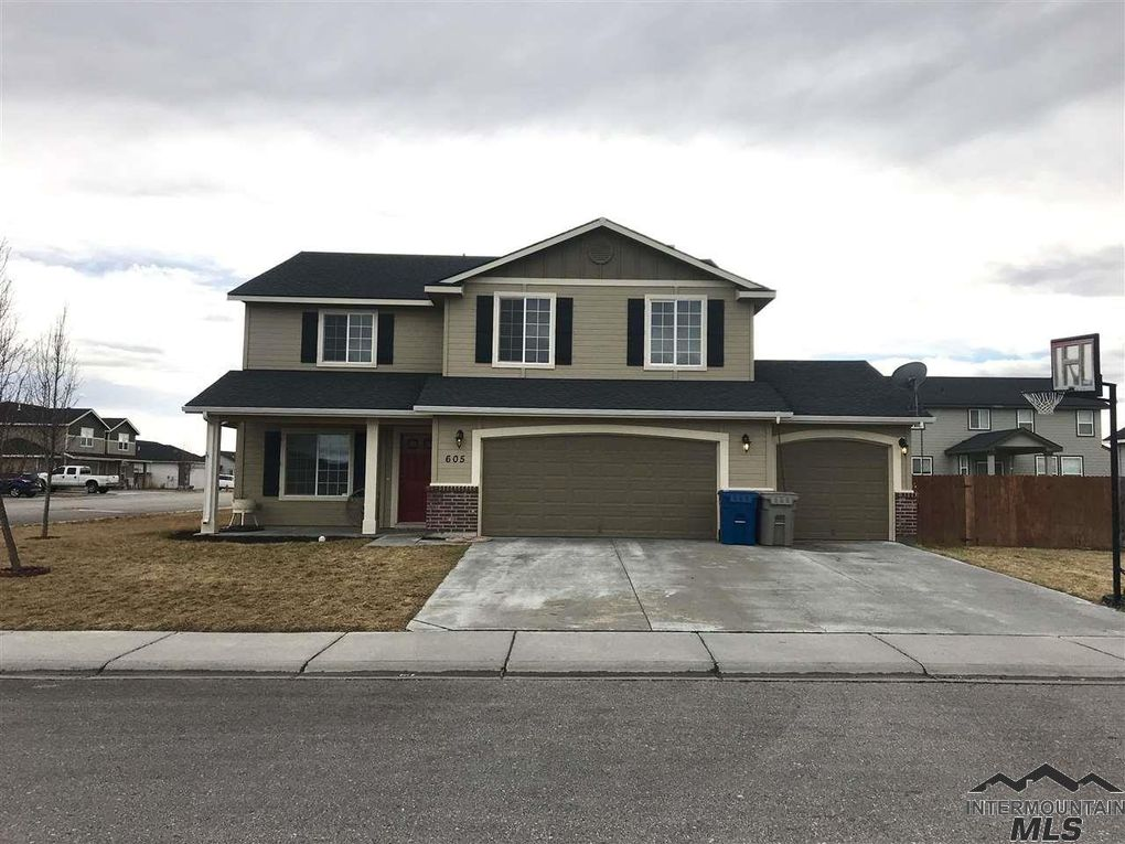 605 Sw Miner St, Mountain Home, ID 83647
