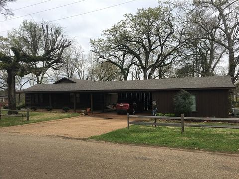 Photo of 701 Ruth St, Montgomery, LA 71454