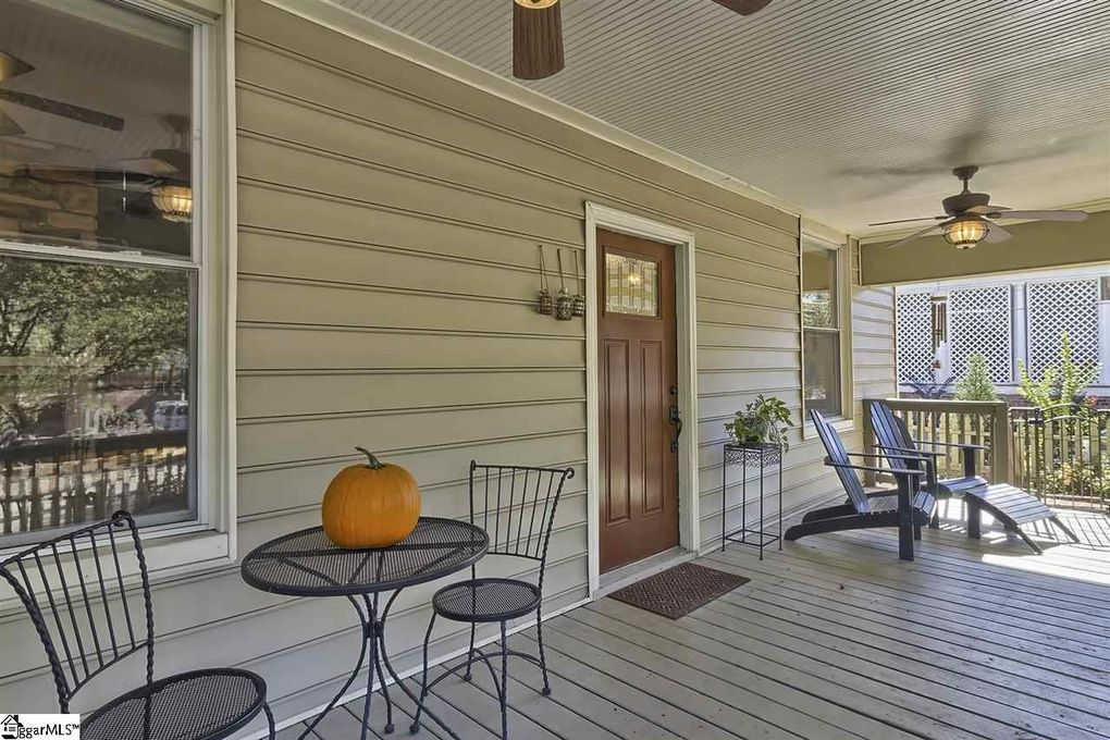 910 Hampton Ave, Greenville, SC 29601