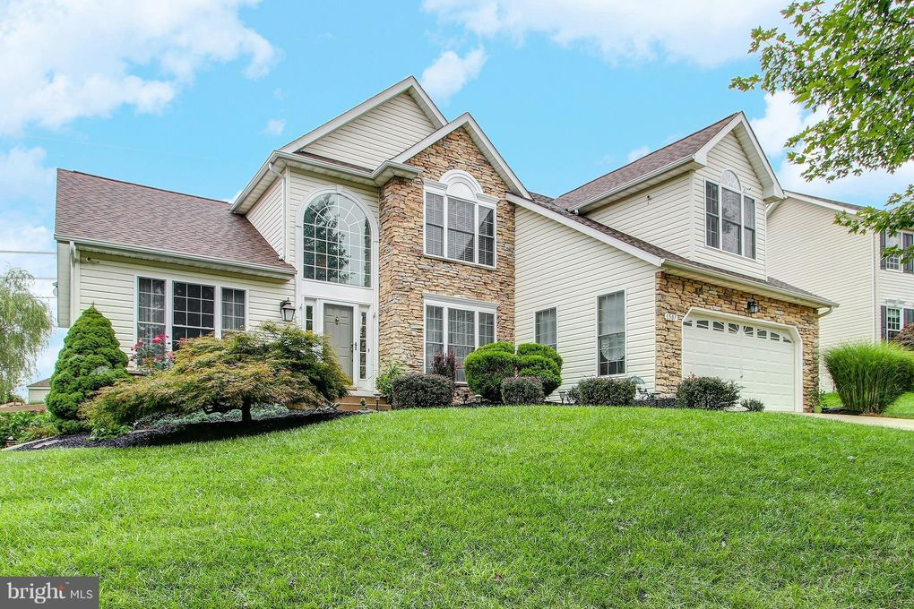 1507 Summer Sweet Ln, Mount Airy, MD 21771