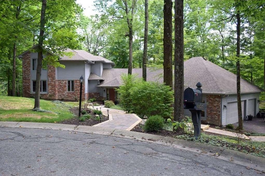 8823 Woodacre Ln, Indianapolis, IN 46234