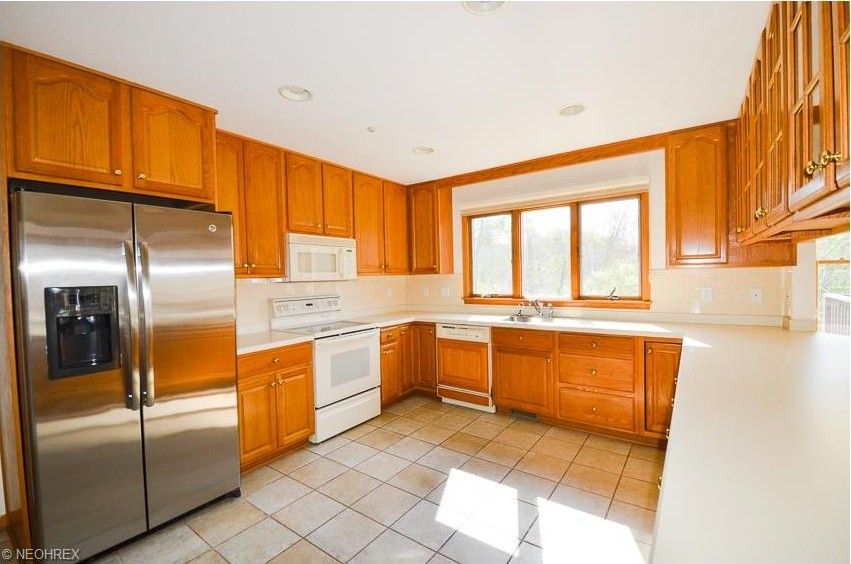 9495 beech tree ln chagrin falls oh 44023 for M kitchen chagrin falls