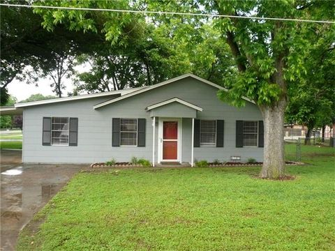 page 6 smithville tx real estate homes for sale