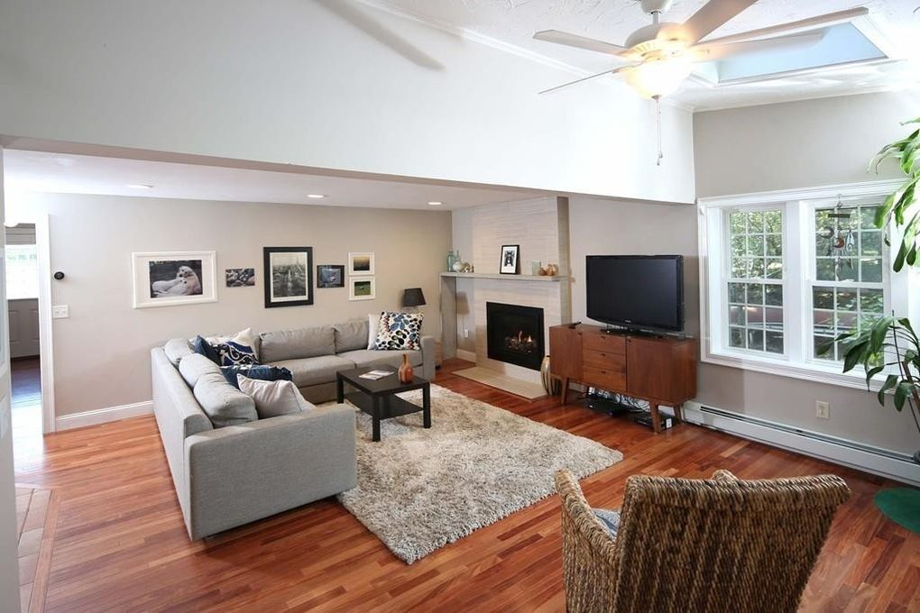 41 Jan Marie Dr, Plymouth, MA 02360