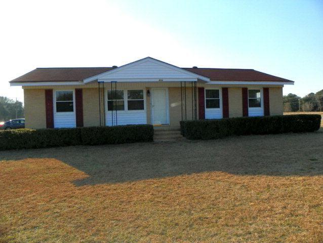 604 Middle Rd S, Leesburg, GA 31763