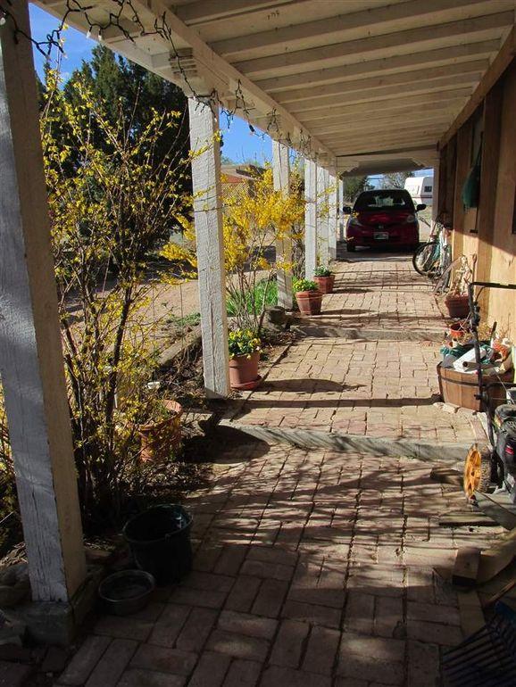 106 County Road 84 Santa Fe, NM 87506