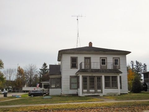 332 E Main St, Brandon, WI 53919