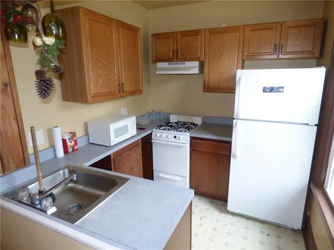 Photo of 525 3rd Ave, New Brighton, PA 15066