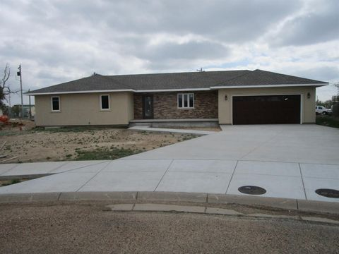 Photo of 403 Elbert Ct, Holcomb, KS 67851