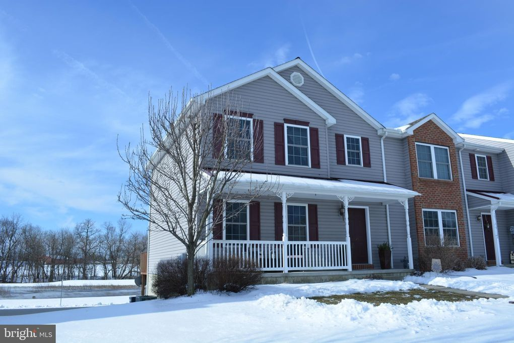 41 Gable Dr, Myerstown, PA 17067