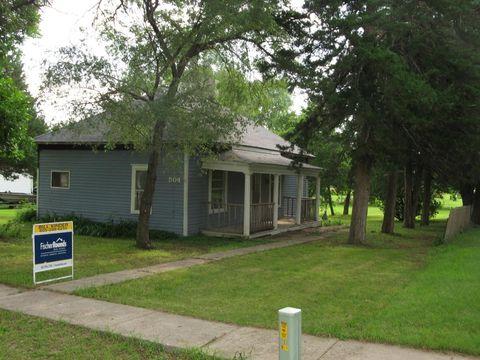 504 S Main St, Tripp, SD 57376