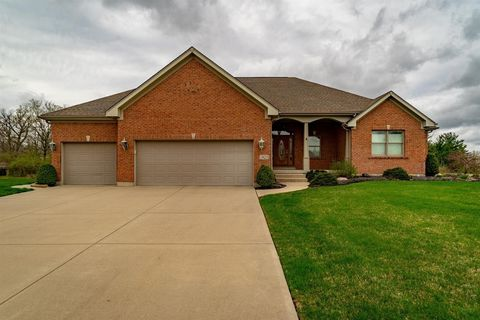 1825 Russell Ct, Miamisburg, OH 45342