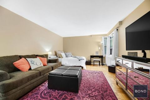 Manhattan NY Real Estate Manhattan Homes For Sale Realtor Awesome 2 Bedroom Apartments Upper East Side Property