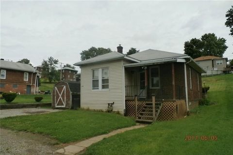 909 Mary St, Smith, PA 15054