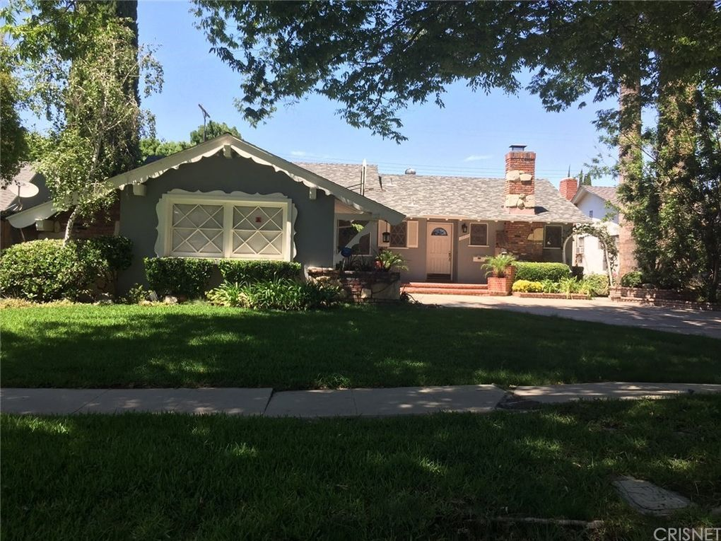 20955 Elkwood St Canoga Park, CA 91304